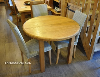 rustic round oval oak dining table farningham oak country and contemporary solid oak. Black Bedroom Furniture Sets. Home Design Ideas